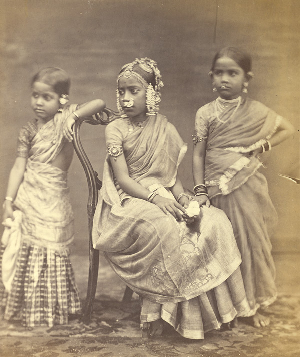 Group_of_Tamil_girls
